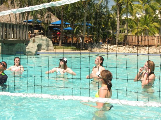 Doubletree Resort by Hilton, Central Pacific - Costa Rica: always a game to join