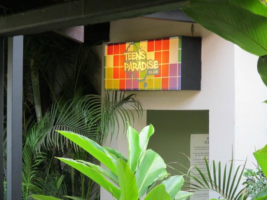 Doubletree Resort by Hilton, Central Pacific - Costa Rica: lots for the teens to do in here