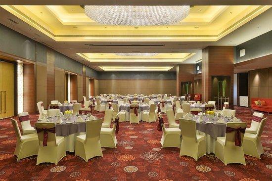 Crowne Plaza Ahmedabad City Centre: Ballroom
