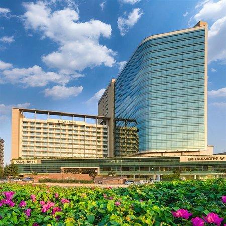Crowne Plaza Ahmedabad City Centre : Facade