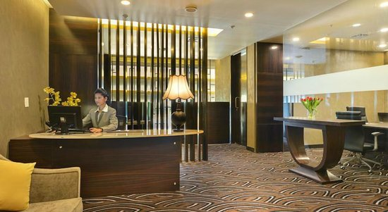 Crowne Plaza Ahmedabad City Centre : Business center