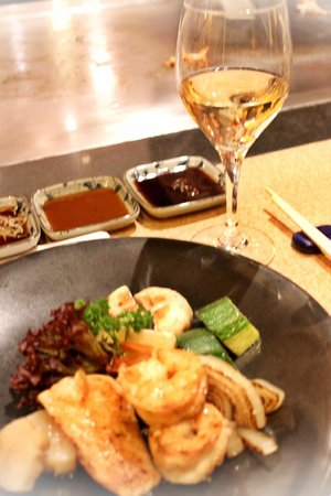 Hosokawa: Main course with white wine