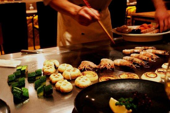 Hosokawa: Chef skilfully cooked the food