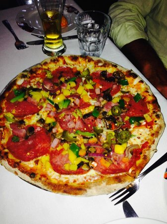 Paparazzi Pizzeria & Bar : Pizza