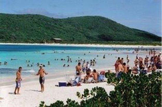 Playa Flamenco: flamenco beach in Culebra, Puerto Rico