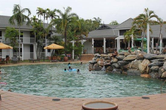 Hotel Grand Chancellor Palm Cove: Pool