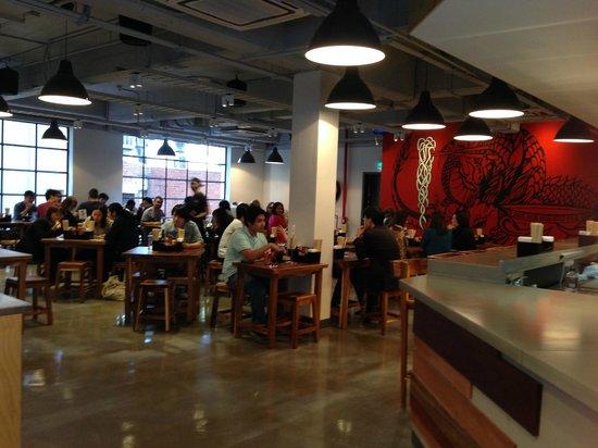 Fukuryu Ramen: Inside of the restaurant
