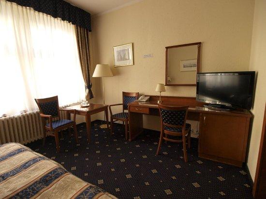 Arbes: Room