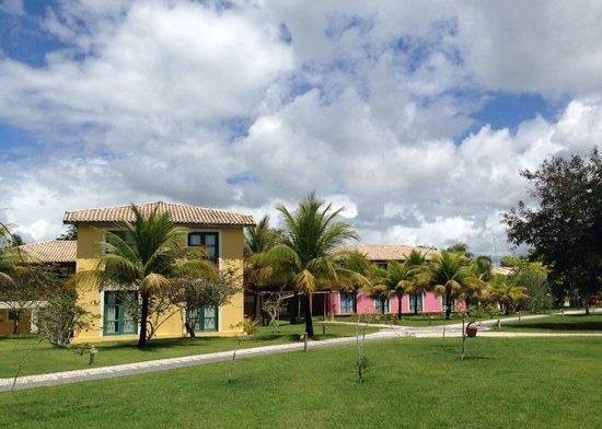 Club Med Trancoso : Muito verde e os quartos.