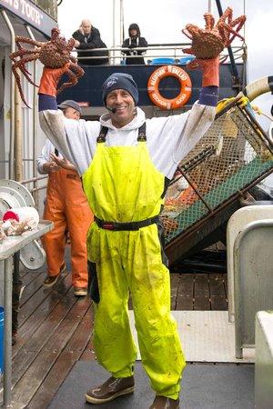 Bering Sea Crab Fishermen's Tour : The King Crab