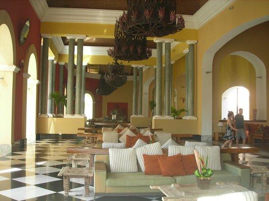 Iberostar Praia do Forte : lobby area