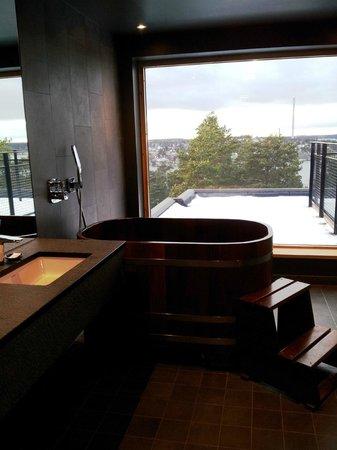 Yasuragi: Badtunna för två i sviten Mori