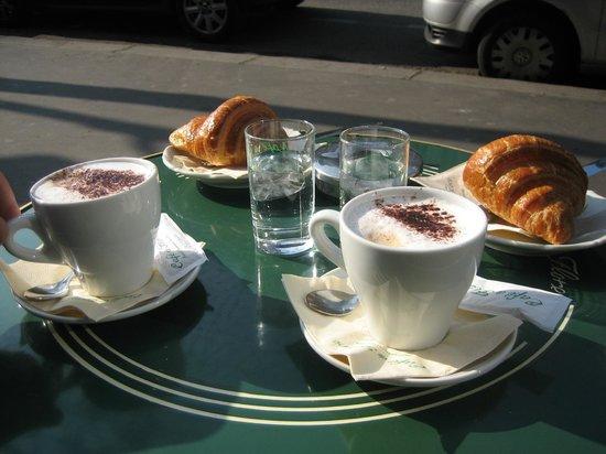 Boulevard St. Germain: Завтрак.