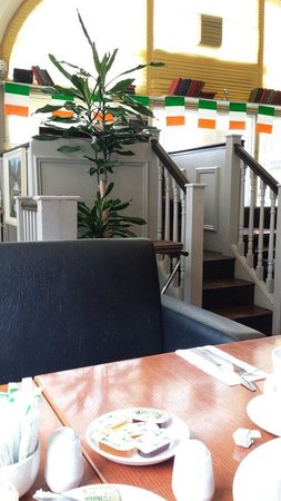 Copper Alley Bistro: Private breakfast nook