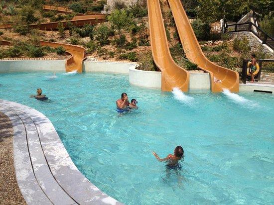 The Westin Resort, Costa Navarino : slides