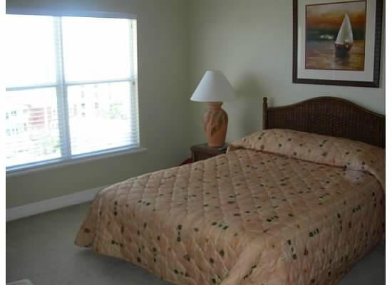 Madeira Bay Resort: Master bedroom