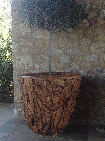 The Westin Resort, Costa Navarino: decoration at the golf club
