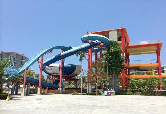 Splash Jungle Waterpark: เครื่องเล่นสำหรับผู้ใหญ่