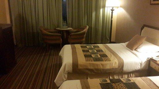 Chiang Mai Plaza Hotel: ห้องราคา 1000 บาท