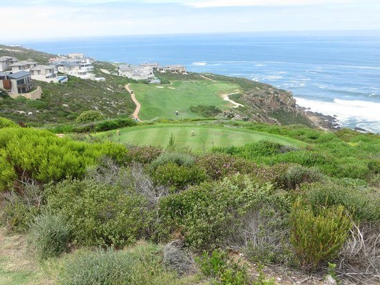 Pinnacle Point Beach and Golf Resort : No room for error