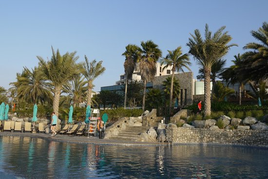 JA Jebel Ali Beach Hotel : A view from the beach