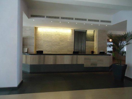 Hotel Santa Tecla Palace: The hotel's reception
