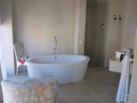 Rouge on Rose: My beautiful bathroom