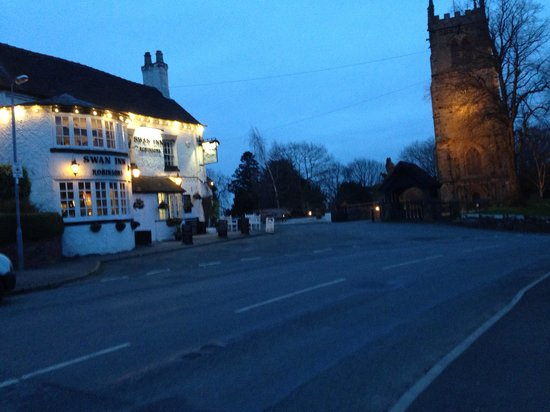 The Swan Inn: Great little village