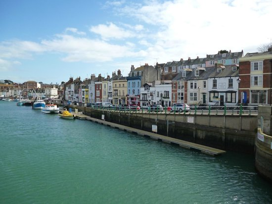 Beach Guest House: Weymouth Harbour