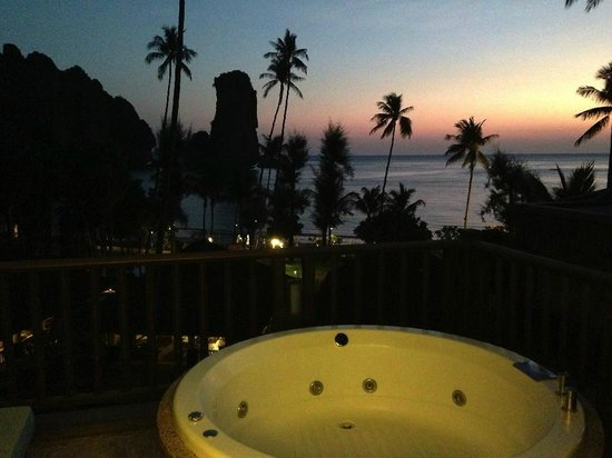Centara Grand Beach Resort & Villas Krabi : View from the third-floor suite with private whirlpool