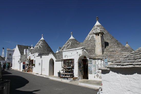 I Trulli di Alberobello - World Heritage Site: Трулли