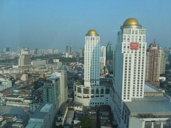 Amari Watergate Bangkok: Vue de la chambre