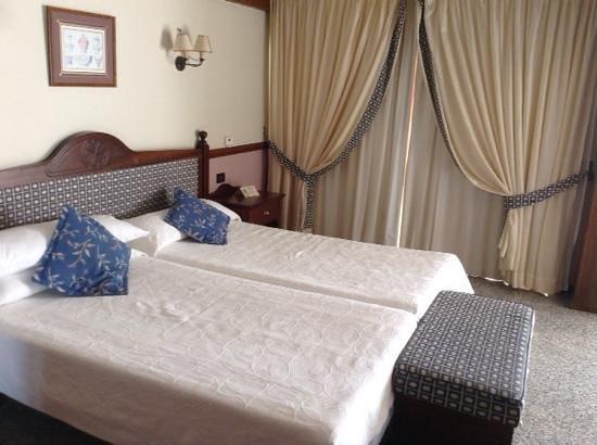 Paradise Park Fun Lifestyle Hotel: Kolonialsuite