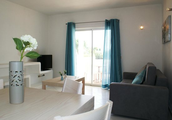 Vilabranca Apartments: Dining