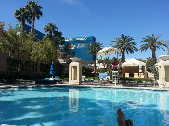 MGM Grand Hotel and Casino : View from the pool