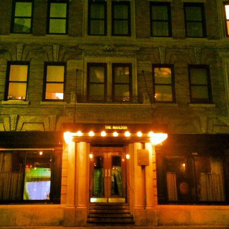 The Marlton Hotel: Facade