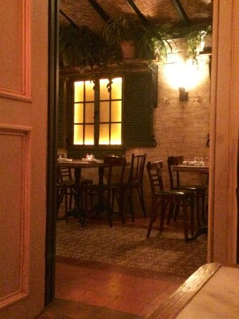 The Marlton Hotel: Dining