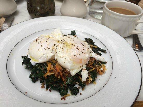 The Marlton Hotel: Breakfast