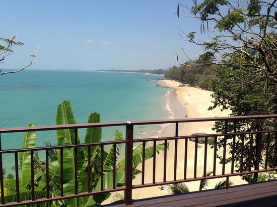 Baan Krating Khao Lak : Bungalow p4, amazing view, but lots of old garbage under balcony. Look next pics