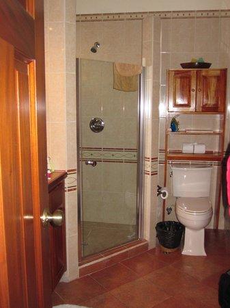 Grand Caribe Belize Resort and Condominiums: bathroom