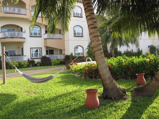 Grand Caribe Belize Resort and Condominiums: outside