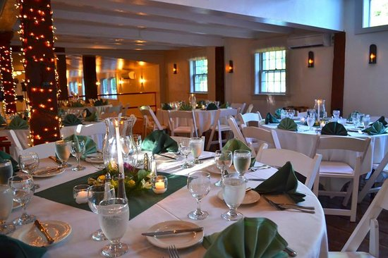 Dowds' Country Inn: The Banquet Room