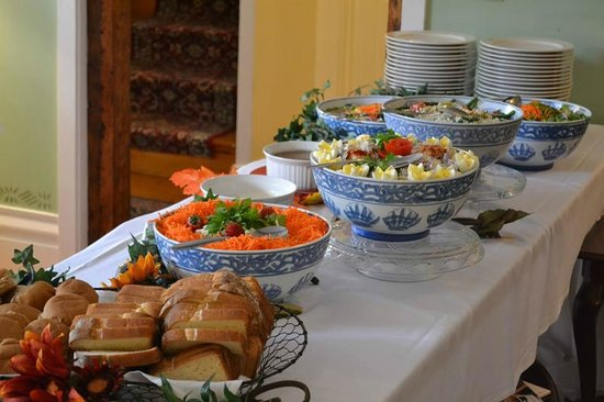 Dowds' Country Inn: Lunch Buffet for a Conference