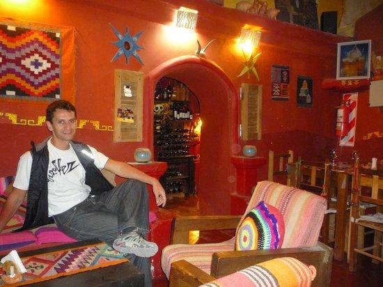 Khuska Resto Bar: uno de los tres ambientes