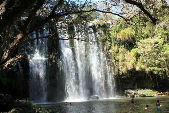 Hotel Riu Guanacaste: Cataratas Llanos de Cortes waterfalls