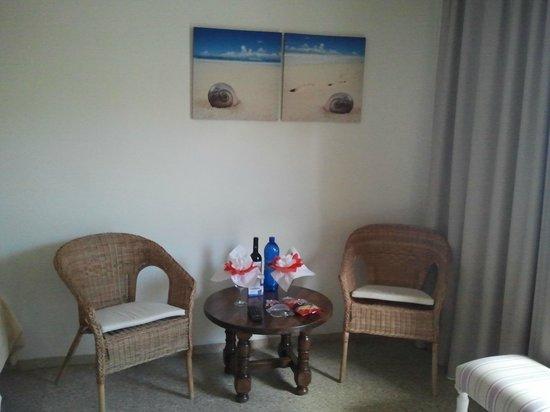 Apartamentos Tarahal: camera 2