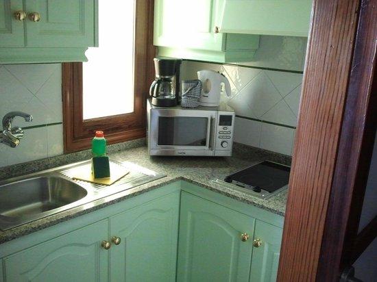 Apartamentos Tarahal : cucina