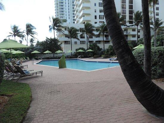 Holiday Inn Miami Beach : Patio