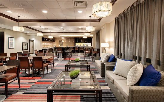 Four Points by Sheraton Waterloo-Kitchener: Bistro 5/47