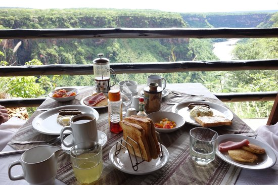 Gorges and Little Gorges Lodge: Amazing breakfast w/ amazing view